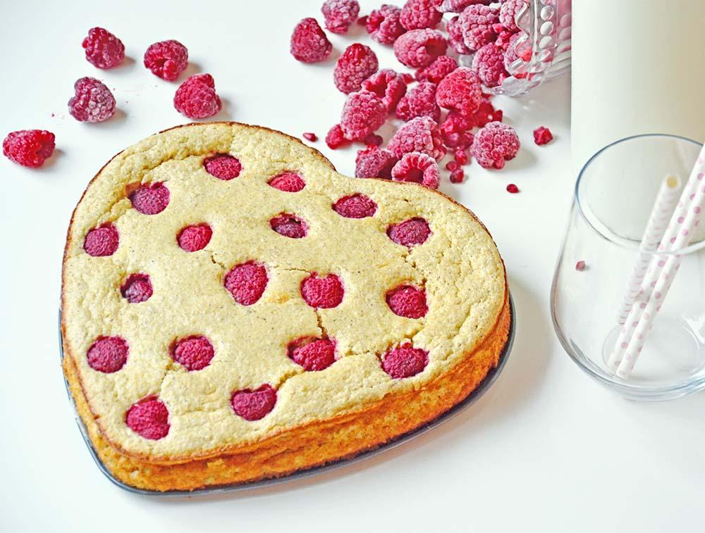 Healthy raspberry cake